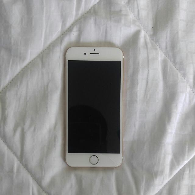 Rose Gold iPhone 6  Unlocked 16GB Slightly Used