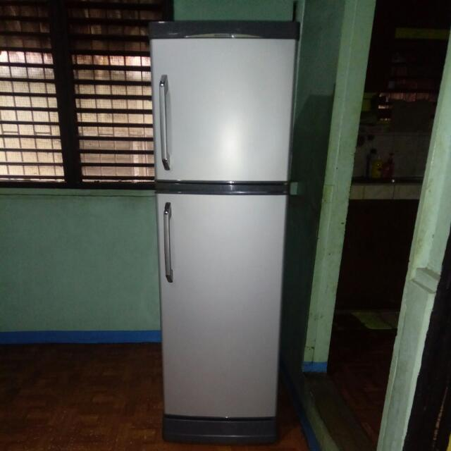RUSH SALE!! Kelvinator (2 Door)