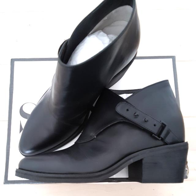 *REDUCED* Senso Quill II Ankle Boots - 8