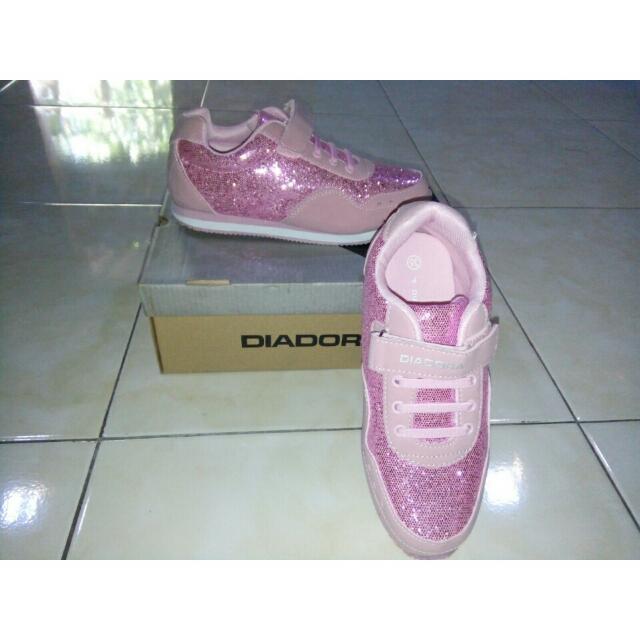 Sepatu Diadora Kids