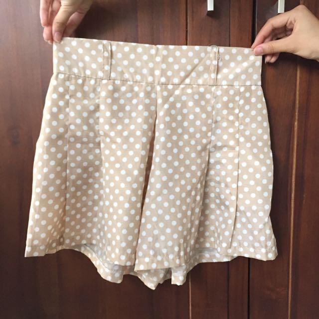 Short Polkadot Pants