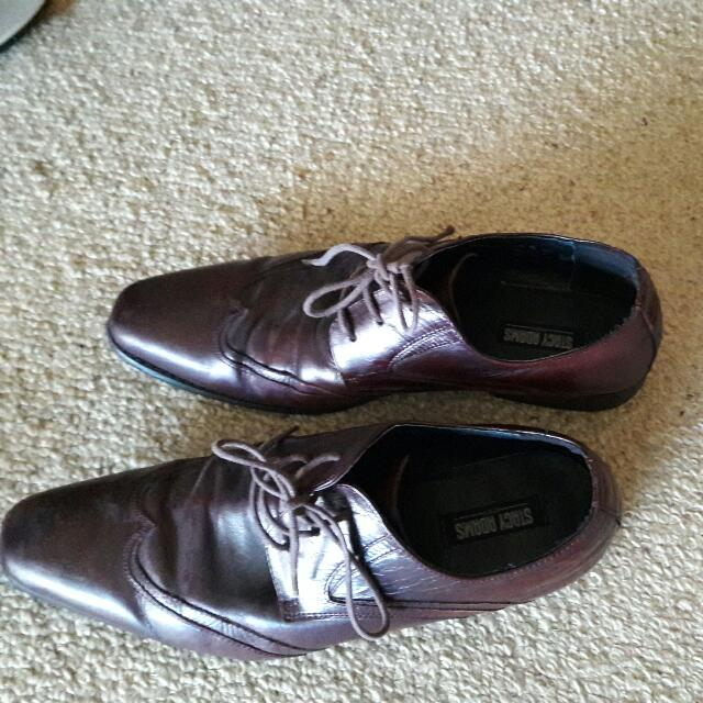Stacy Adams All leather upper lining Non leather sole. in good Condition