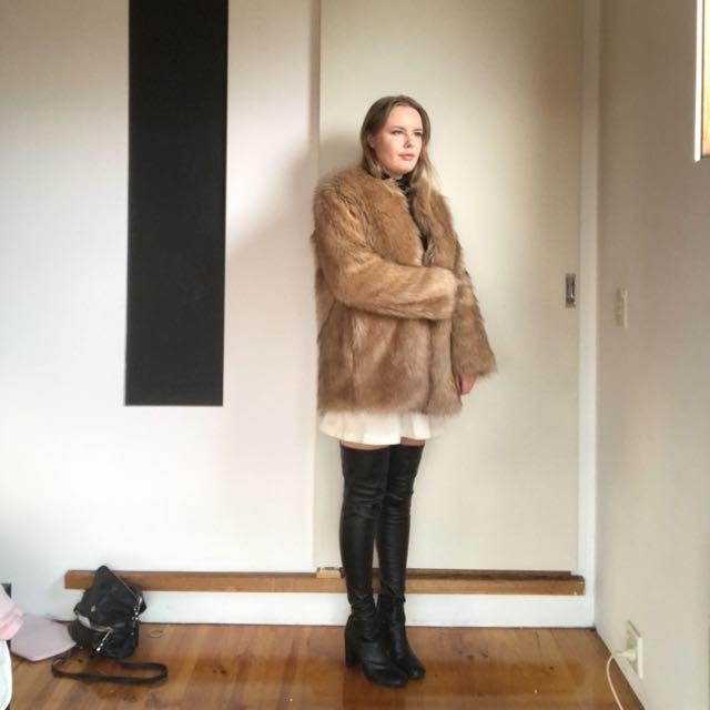 Suuuper Soft Faux Fur Coat
