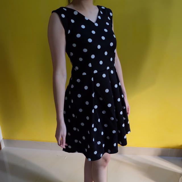 Tempo Doloe Dress