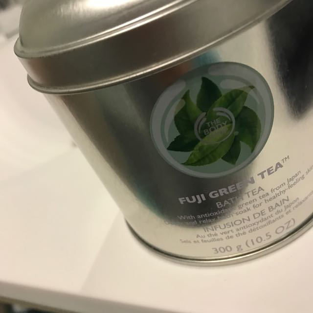 The Body Shop Bath Salts/tea And Strainer