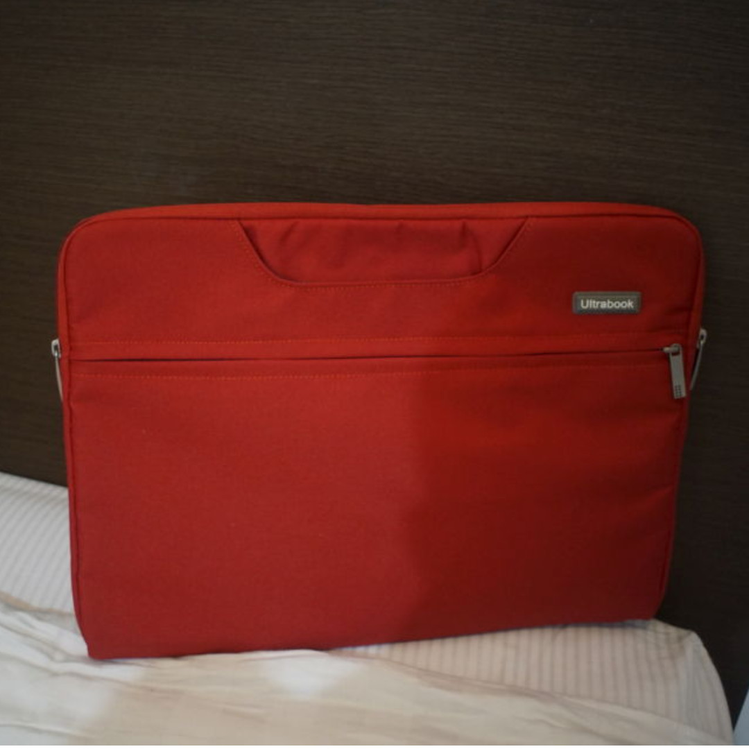 [Used] Fancycube Universal Notebook / Ultrabook Skin Big Red