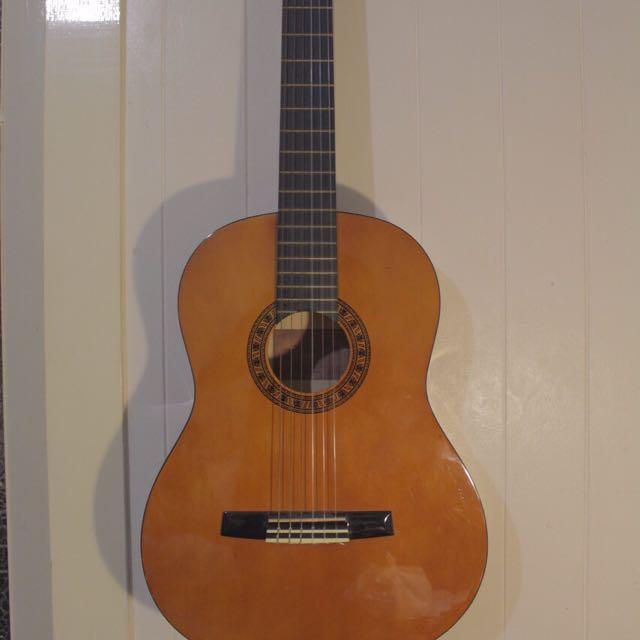 Valencia Acoustic Classic Guitar