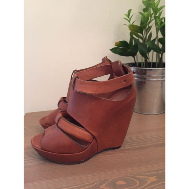 Wedge Heels Tan Leather