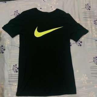 Nike Swoosh T