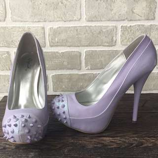 Size 8 Purple Spike Pumps