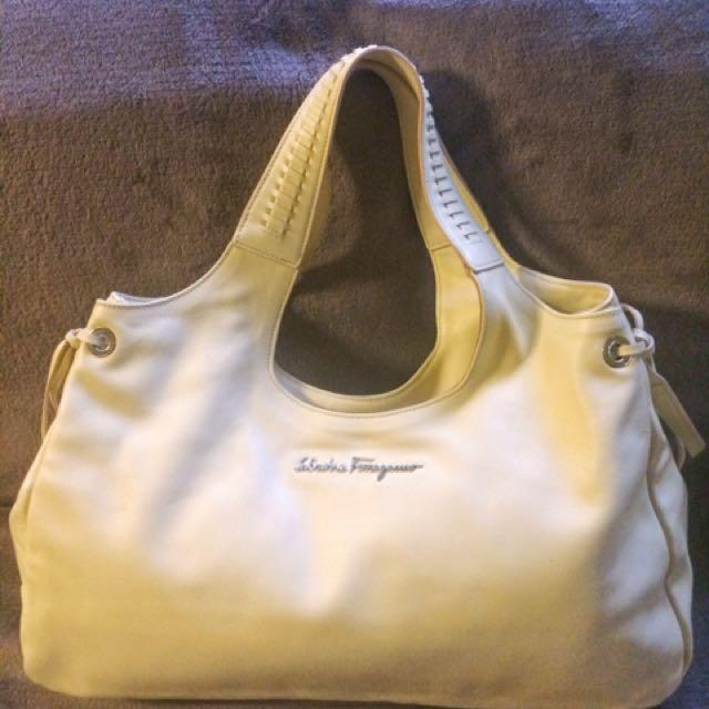 100% authentic Salvatore Ferragamo Handbag