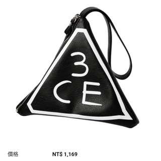 韓國 3CE 三角化妝包 手拿包