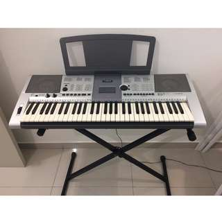 YAMAHA Portable Keyboard PSR-E403