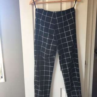 CHECKERED WHITE AND BLACK TROUSERS