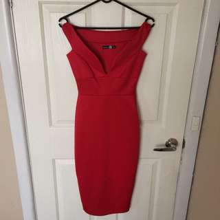 New Without Tags! Red Off Shoulder Sweetheart Cut Mid Length Dress Size 8 / XS S