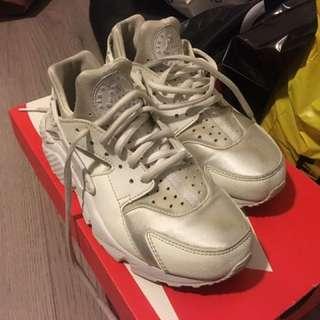 Nike huarache UK6