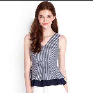 Lily Pirates Girl About Town Top S