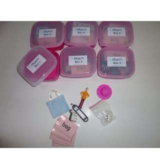 MONTESSORI PINK SCHEME - PHONICS - 6 OBJECT BOXES WITH NAME TAGS