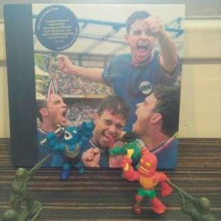 Robbie Williams - Sing When You're Winning / 羅比威廉斯 - 唱者為王