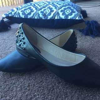 Black Sassy Ballerina Flats