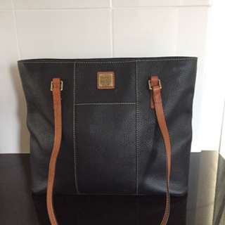 Dooney & Bourke Pebble black Leather Shopper tote handbag