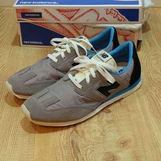 New balance CCDGR Classic Running Shoe