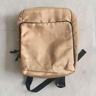 13吋電腦袋