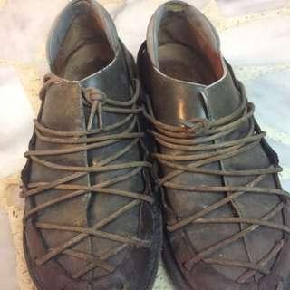 Trippen 蟑螂鞋 42號