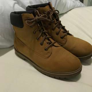 Tan Lace Up Boots (timberland look alikes)