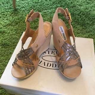 🚚 Steve Madden楔型涼鞋