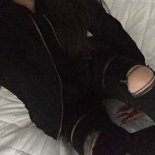 AE RIPPED JEANS