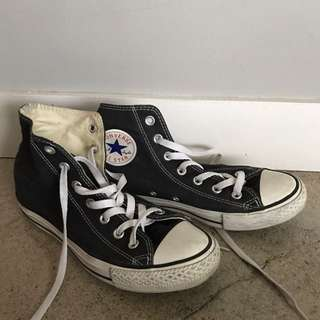 Converse High Tops. Great Condition Size 8