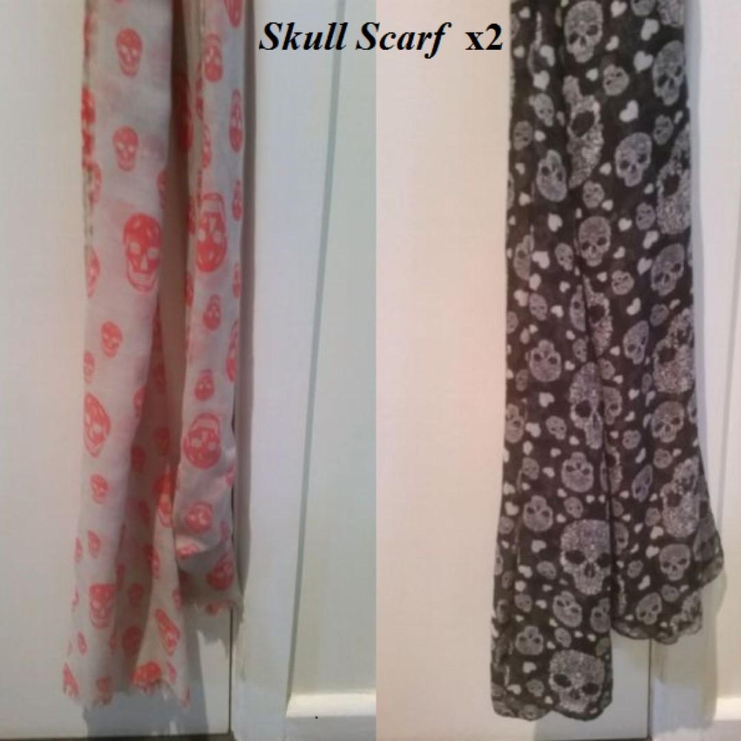 2 skull scarf