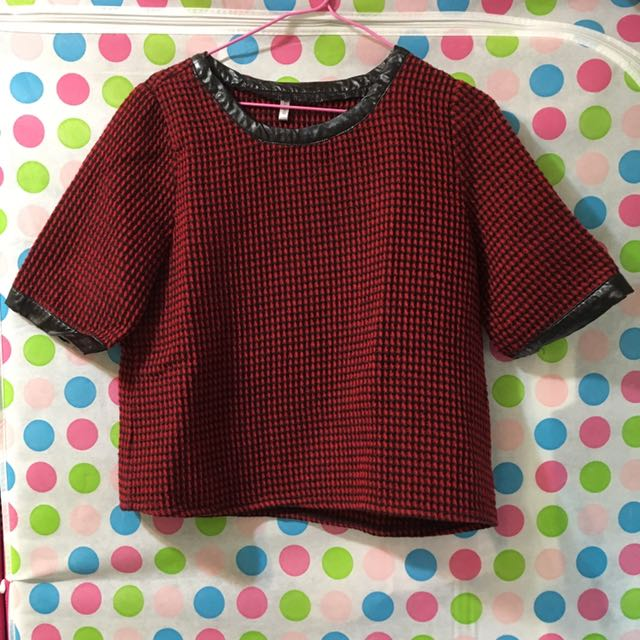 【二手】短袖 毛料 造型上衣 女