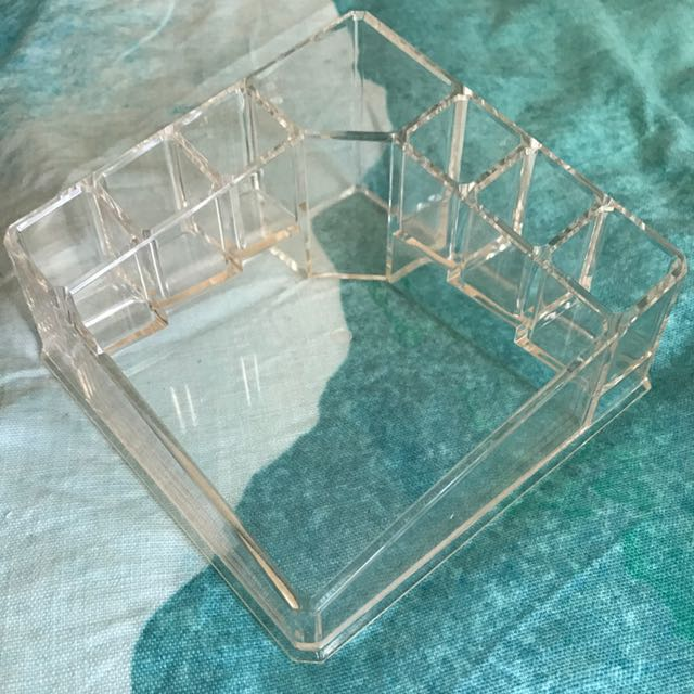 Acrylic Makeup Holder/organiser