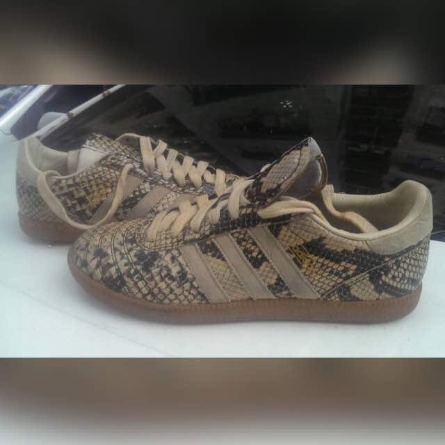 Adidas Samba (negotiable)