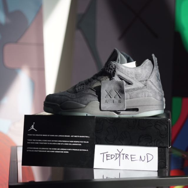 quality design f0b90 3c9bc Air Jordan 4 X Kaws