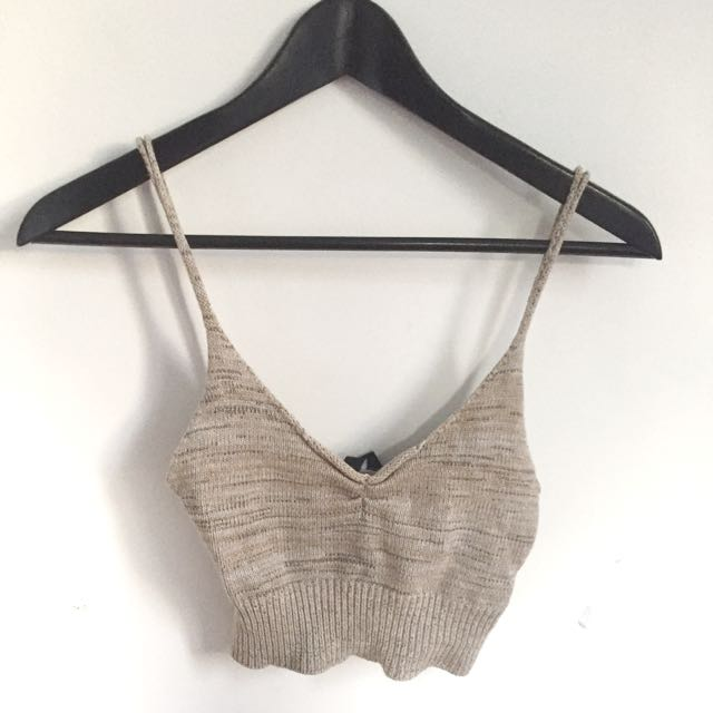 Alice In The Eve Knit Crop Top