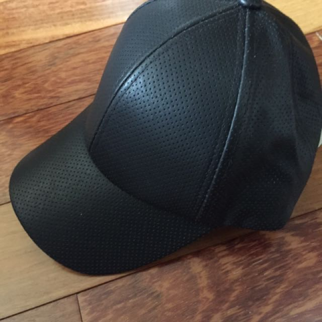 Aritzia Brand New Leather Hat