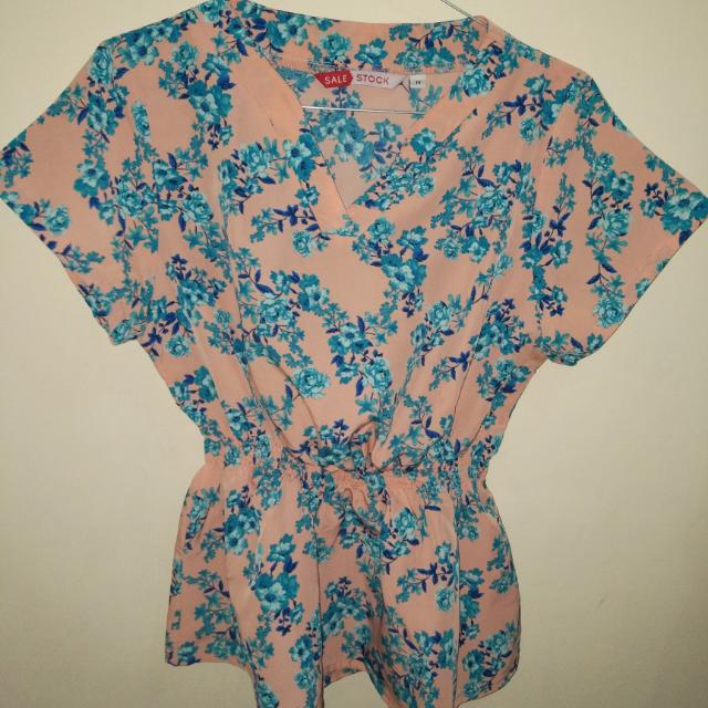 Blouse Flower Sale Stock