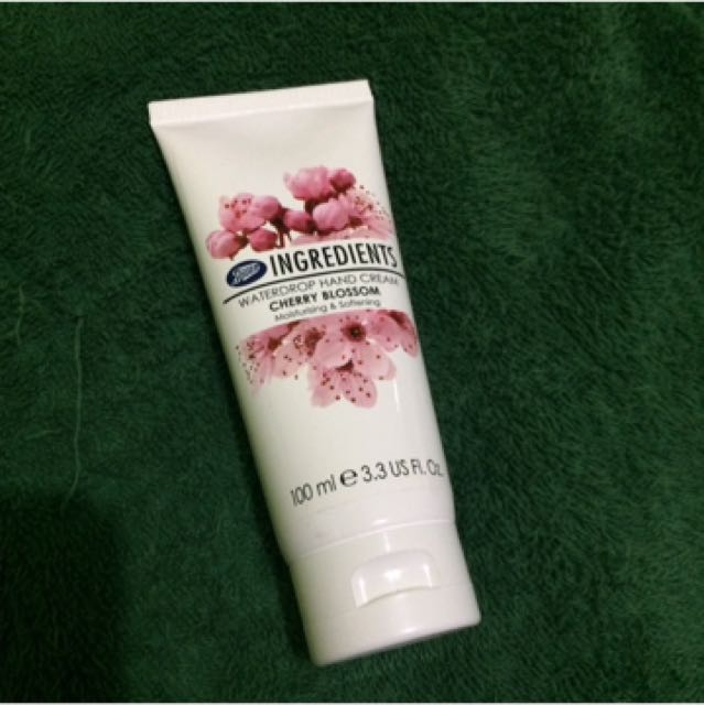 Boots Waterdrop Hand Cream Cherry Blossom