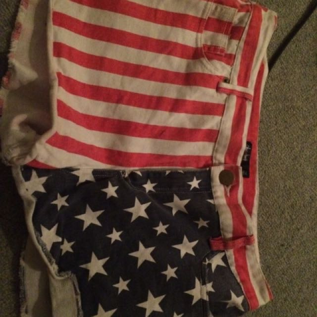 Chica Booti. - Stars And Stripes Shorts