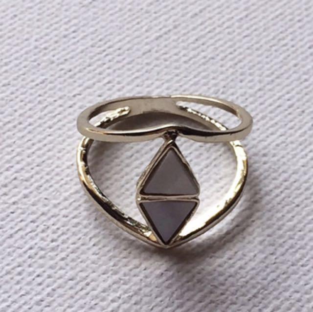 Costume Jewellery Female Ring - Never Worn!!