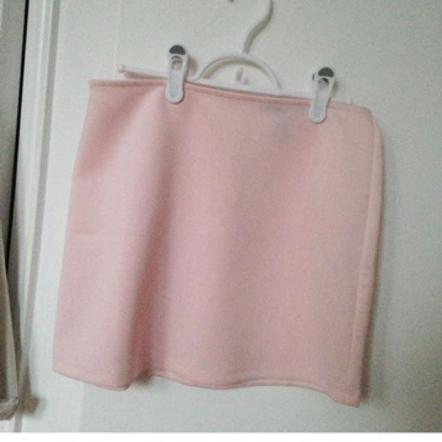 f21 skirt size m fits small as well