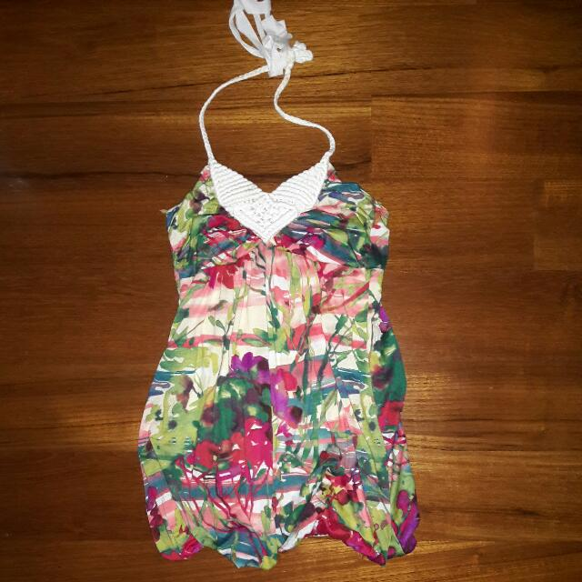 Forever 21 Floral / Summer Halter Dress