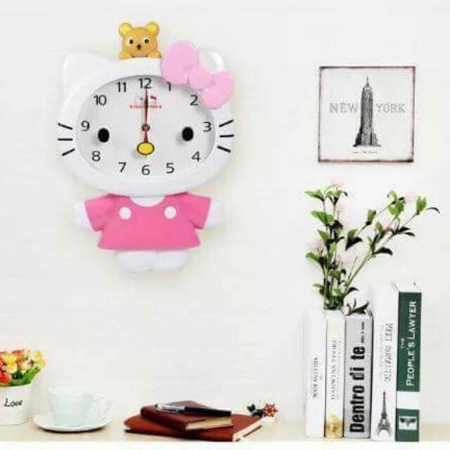 Hello kitty Wallclock  size: 16 by 11 inch