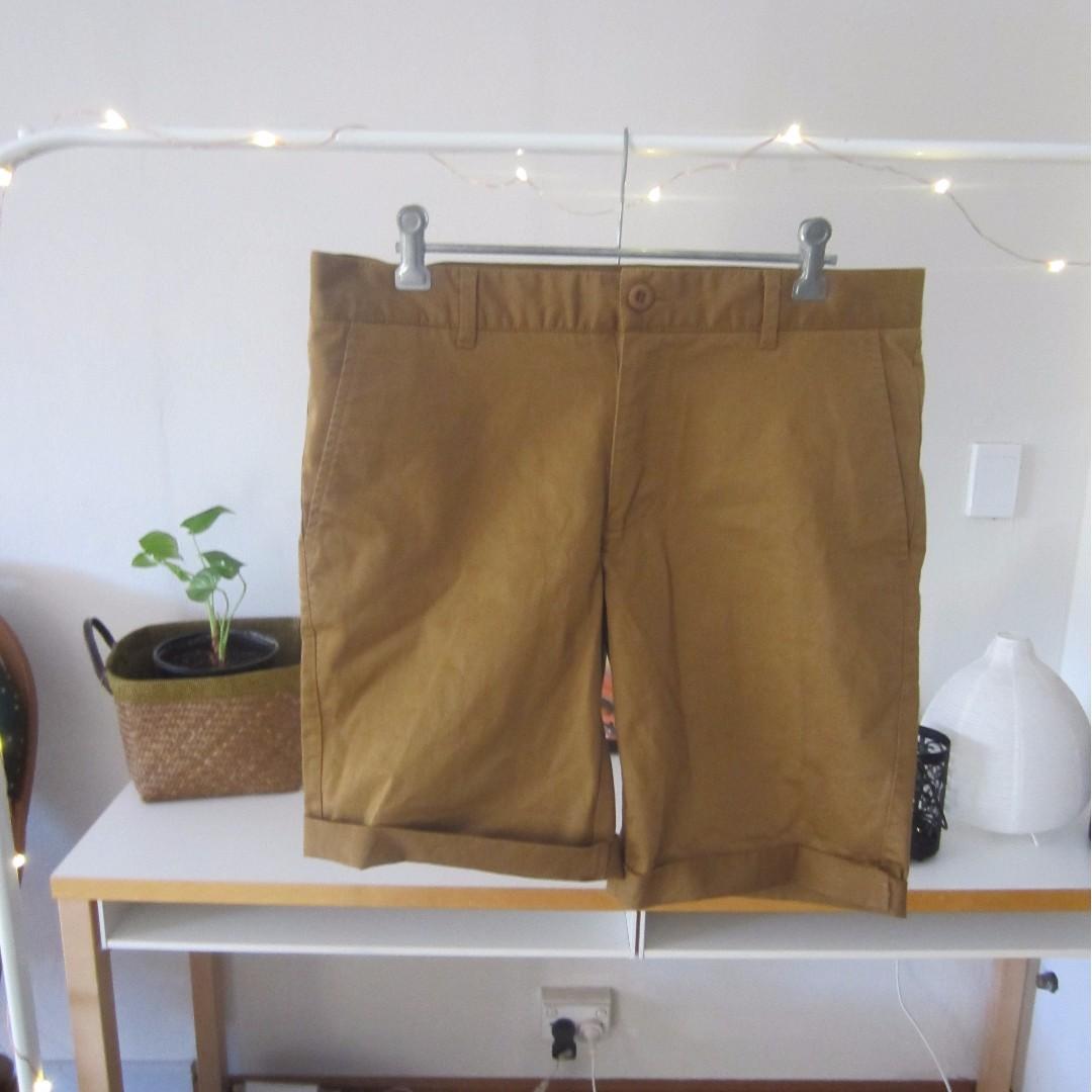 Kenji Male Shorts Size 32