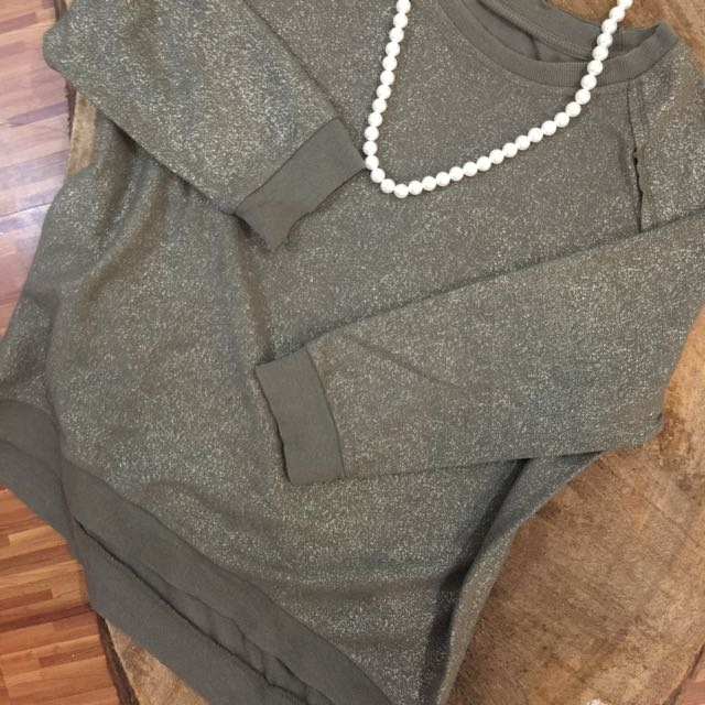 ✨Loose Olive Sweater✨