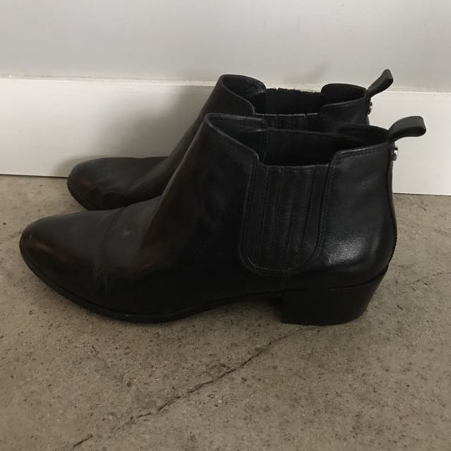 Michael Kors Ankle Boots - Leather Size 8.5