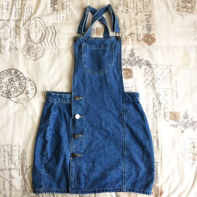 New Without Tags! Size Small/8 Blue Denim Acid Wash Look Pinafore Dungaree Overall Dress With Button Detail